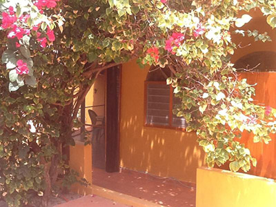 Casa Bougainvillea - a romantic getaway near the beach